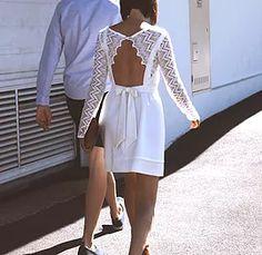 Robe de mariée dos nu courte noeud boléro dentelle Marie, Backless, White Dress, Dresses, Fashion, Backless Wedding Dresses, Hair Bow, Boutique Online Shopping, Dress Ideas