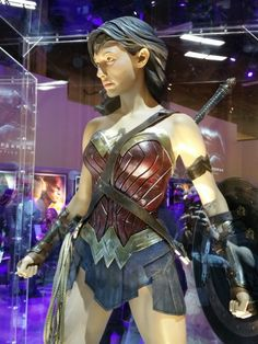Gal Gadot's Wonder Woman costume in Batman v. Superman ~ http://collider.com/batman-vs-superman-pictures-reveal-wonder-woman-costume-and-more/
