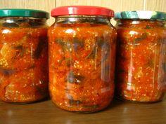 Обязательно узнайте, как приготовить салат с баклажанами. Заготовки на зиму всегда актуальны. Они подойдут и для праздничного стола, и для обычного дня.