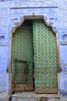 Run into the Blue streets of Jodhpur!