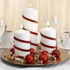 25 Red and White Christmas Decoration Ideas Need some cool ideas and inspiration to decorate your home this holiday Season? Check out these 25 Red and White Christmas Decoration Ideas and have fun! Winter Wedding Centerpieces, Christmas Table Centerpieces, Christmas Candles, Noel Christmas, All Things Christmas, Centerpiece Ideas, Christmas Crafts, Rustic Christmas, Candle Centerpieces