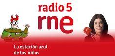 'La estación azul de los niños', programa de radio presentado por Cristina Hermoso de Mendoza. Es el programa cultural de Radio 5 para los más pequeños (a partir de cuatro años). Un tren azul cargado de cultura, de entretenimiento y de aprendizaje para el público infantil: concursos, música, curiosidades, libros, actividades infantiles y un contestador para que ellos mismos hagan radio.   http://www.rtve.es/alacarta/audios/la-estacion-azul-de-los-ninos/