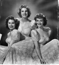 The Digs: Pittsburgh Post-Gazette | 1940s: The Andrews Sisters — America's favorite...