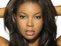 """darkchoccandybar: """" Quote: Gabrielle Union gives Uplifting Speech at Essence's """"Black Women in Hollywood"""" Luncheon. Gabrielle's Speech """" """"We live in a town that rewards pretending. I had been pretending to be fierce and fearless for a very long. Gabrielle Union, Make Up Looks, Relaxed Hair, Beauty Skin, Hair Beauty, Beauty Makeup, Most Beautiful Black Women, Beautiful Eyes, Simply Beautiful"""