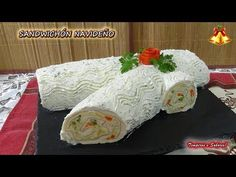 SANDUCHÓN NAVIDEÑO fácil, lindo y muy delicioso - YouTube Finger Food Appetizers, Finger Foods, Appetizer Recipes, Spanish Cuisine, Sandwich Cake, Christmas Appetizers, Cold Meals, Creative Food, Food Inspiration