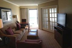 Our suites provide privacy when you need it, and ample space to relax when you don't. #newportbeach #vacation