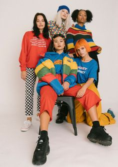New hipster teens clothing – Novas roupas para adolescentes hipster – – Vintage Outfits, Retro Outfits, Outfits For Teens, Cute Outfits, Grunge Outfits, Girl Hipster Outfits, 90s Style Outfits, 1990s Outfit, Throwback Outfits
