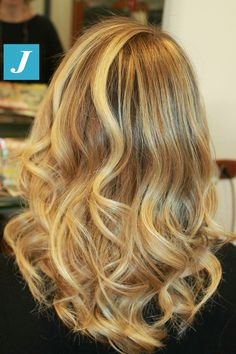 Biondo di stile _ Degradé Joelle #cdj #degradejoelle #tagliopuntearia #degradé #igers #musthave #hair #hairstyle #haircolour #longhair #oodt #hairfashion #madeinitaly
