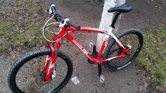 """Vand Specialized Hardrock pro 2012 marime cadru L sau 19"""" - Cele mai multe biciclete second hand. Bazar DirtBike.ro"""