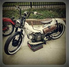 1996 honda ct110 postie bobber with suicide shift :)