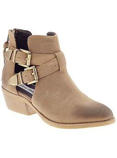 Steve Madden Booties... i want them in black tho :)