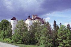 Zamek w Niedzicy - Zamek od południowego-zachodu, fot. ZeroJeden, V 2001