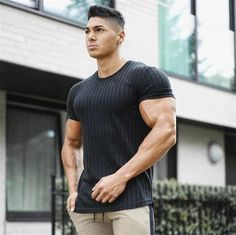 2019 New Men Casual Fashion Short sleeve T-shirt Gyms Fitness Workout Skinny Black t shirt Male Tees Tops Summer Brand Clothing Gym Shirts, Mens Tee Shirts, Tight Shirts, Gym Gear For Men, Gym Men, Bodybuilding T Shirts, Muscle Men, Muscle Body, Mens Cotton Shorts