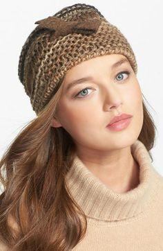 super cute hat!