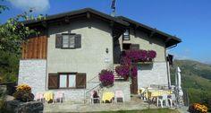 RIFUGIO ALPE MEGGIANA - Il Rifugio Meggiana, si trova a circa 10 km da Piode a 1560 m.