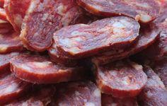 Soppressata di Calabria DOP Salami Recipes, Sausage Recipes, Meat Recipes, Chicken Recipes, Cooking Recipes, Cantaloupe Recipes, Radish Recipes, Charcuterie, Sweets
