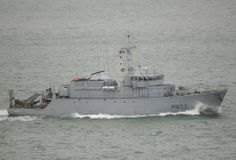 French Marine Nationale tripartite mine hunter (CMT) Sagittaire (M 650).