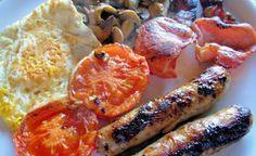 The Full Monty - F E B - Full English Breakfast Recipe - Genius Kitchensparklesparkle Hp Sauce, Black Pudding, British Traditions, English Breakfast Tea, Brown Sauce, Grill Plate, Plum Tomatoes, Breakfast Recipes, Breakfast Meat