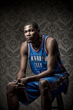 NBA Super Star Kevin Durant of the Oklahoma City Thunder photographed in Denver, CO. San Diego Basketball, Love And Basketball, Basketball Players, Basketball Legends, Basketball Shoes, Basket Nba, Kevin Durant Shoes, Nike Quotes, Nike Design