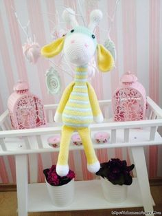 Örgü Kaplumbağa Nasıl Yapılır? - Mimuu.com Diy Y Manualidades, Crochet Baby Toys, Lana, Origami, Diy And Crafts, Dolls, Etsy, Google Translate, Giraffe Pattern