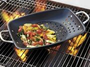 Giveaway: CHEFS Nonstick Outdoor Grill Roaster | Leite's Culinaria