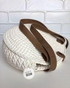 Image gallery – Page 695243261204878122 – Artofit – Page 747667975618525835 – SkillOfKing.Com - AmigurumiHouse Crochet Round, Love Crochet, Diy Crochet, Crochet Shoes, Crochet Slippers, Crochet Clutch, Crochet Handbags, Crochet Purses, Crochet Backpack