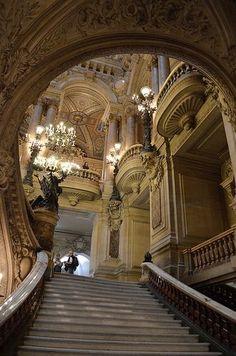 Staircase.  Paris, França.  por Christina carrera