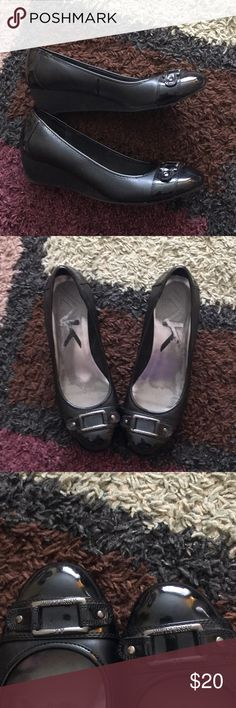 Anne Klein wedges Size 10. Anne Klein shoes. Worn occasionally for work but are too big for me. Wedge is about 1 inch. Exterior is in great condition. Anne Klein Shoes Wedges