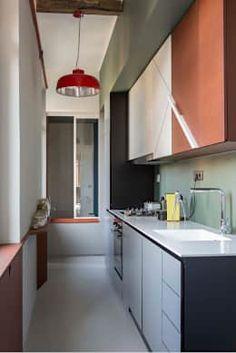 6 brillanti idee per arredare una cucina stretta e lunga   lunga ... - Idee Cucine Piccole