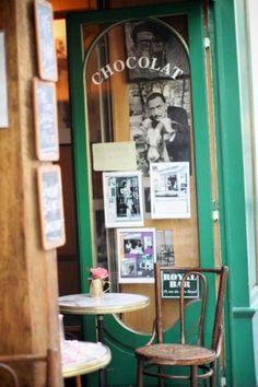 Café de Paris .