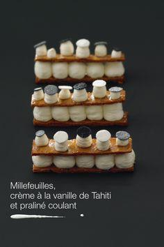 MILLE FEUILLES, VANILLE DE TAHITI ET PRALINÉ COULANT
