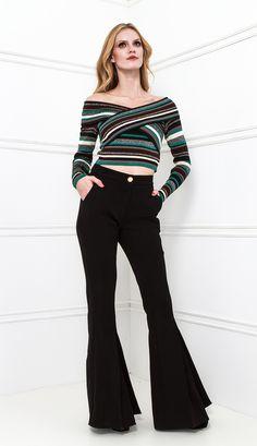 CALÇA CREPE PRETA FLARE - CAL12248-03 | Skazi, Moda feminina, roupa casual, vestidos, saias, mulher moderna