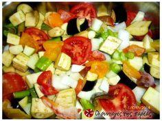 Ένα διαφορετικό μπριάμ φωτογραφία βήματος 1 Fruit Salad, Cobb Salad, Food, Fruit Salads, Meals, Yemek, Macedonia, Eten