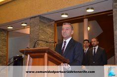 Don Paulino Rivero Baute, Presidente del Gobierno de Canarias, durante su discurso antes de la entrega de los premios.