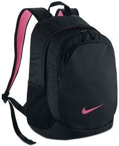 Whether you're headed to class or taking a trip, this roomy Nike backpack has got your back. Elite Backpack, Laptop Backpack, Black Backpack, Nike School Backpacks, Cute Backpacks, Rucksack Bag, Backpack Bags, Nike Sports Bag, Mochila Nike