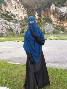 Blue Niqab and Shayla