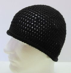 d3711f7a82599 Handmade NEW Black Skull Cap Hat Mens Womens Teens Crochet Knit Warm Winter   fashion
