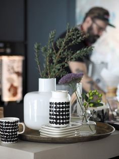 Kurkistus Marimekon sisustussyksyyn | Pupulandia : Pupulandia Nordic Home, Scandinavian Home, Marimekko, White Industrial, Kitchenware, Tableware, Interior Decorating, Interior Design, House Colors