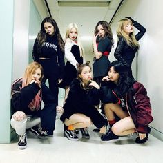 This is a network dedicated to the seven-member girl group Crystal Clear! It's a safe place to share our love for these amazing hardworking girls so if you love CLC. Kpop Girl Groups, Korean Girl Groups, Kpop Girls, Extended Play, K Pop, Clc Hobgoblin, Got7, Oppa Gangnam Style, Velvet Fashion