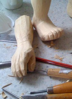 I've just started making a marionette. I like how this little hand is shaping up. Share thisClick to share on Twitter (Opens in new window)Share on Facebook (Opens in new window)Click to shar…