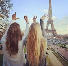 Blonde and brunette best friends best friend photos, your best friend, best friend goals Best Friend Fotos, Your Best Friend, Best Friend Things, Best Vacation Destinations, Best Vacations, Best Friend Pictures, Friend Photos, Best Friends Forever, Friends In Love