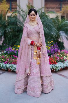 Wedding Lehenga Designs, Designer Bridal Lehenga, Wedding Lehanga, Indian Bridal Outfits, Indian Bridal Lehenga, Indian Gowns, Party Wear Dresses, Bridal Dresses, Dress Indian Style