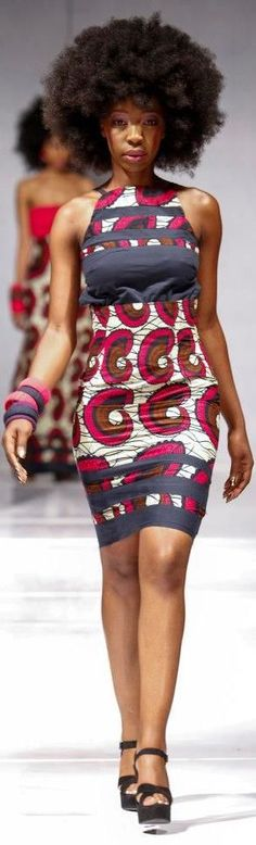 tucked sleeveless African printed dress