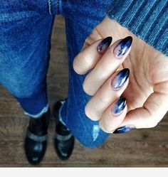 You own the powerful look and your blue nails will add to your personality strength. You can add beauty on your nails with Cute Dark Blue Nail Designs. Cute Nails, Pretty Nails, Hair And Nails, My Nails, Dark Blue Nails, Nail Art Blue, Dark Nail Art, Blue Nail Designs, Blue Nails With Design
