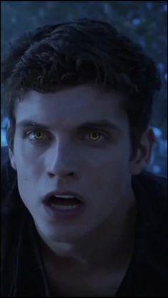 Teen Wolf Isaac, Teen Wolf Mtv, Teen Wolf Funny, Teen Wolf Boys, Teen Wolf Dylan, Teen Wolf Cast, Dylan O'brien, Alisson Teen Wolf, Daniel Sharman Teen Wolf