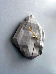 Geometric Clock by Raw Dezign Hanging Family Photos, Handmade Wood Furniture, Wall Clock Design, Diy Clock, Wooden Clock, Coffee Table Design, Decoration, Design Inspiration, Design Ideas
