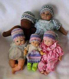 knit these preemie hats in your spare time for charity