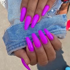 Top 50 Gel Nails 2019 To Try Them - Reny styles Gel Nails It is not a secret to anyone that gel manicure has been trending for a minute currently. it's true that there area unit several advantages. Bright Summer Acrylic Nails, Best Acrylic Nails, Bright Nails, Summer Nail Polish, Bright Colored Nails, Magenta Nails, Bright Purple, Summer Nails Neon, Purple Acrylic Nails