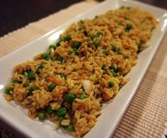 Tastes Like Takout Fried rice Recipe: Replace margarine with butter or coconut oil. Rice Recipes, Asian Recipes, Cooking Recipes, Healthy Recipes, Ethnic Recipes, Copycat Recipes, Delicious Recipes, Cooking Tips, Dinner Recipes