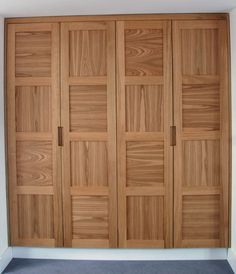 Our bespoke fitted wardrobes are designed and made in Brighton using high quality materials exactly to your needs. Alcove Wardrobe, Wall Wardrobe Design, 4 Door Wardrobe, Bedroom Wardrobe, Built In Wardrobe, Fitted Bedroom Furniture, Fitted Bedrooms, Bedroom Bed Design, Furniture Dolly